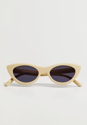 Cat-eye sunglasses - vanilla