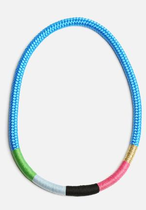 Pichulik Thin Ndebele Necklace Jewellery May Vary
