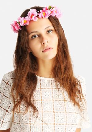 Jeni Floral Garland