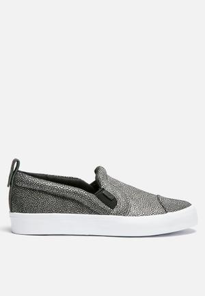 Honey 2.0 Slip On Rita Ora
