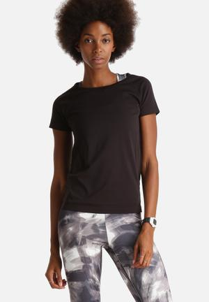 ONLY Play Anissa Seamless Training Tee T-Shirts Black