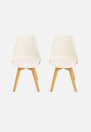 Set of 2 Levi Chairs