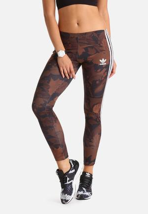 Leaf Camo Leggings