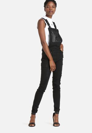 Noisy May Felicia Slim Dungaree Jeans Black
