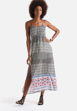 Influence. Geometric Print Waist Tie Maxi Dress Casual Multi