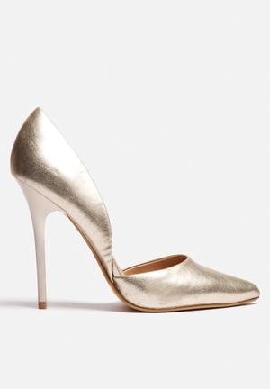 Steve Madden Varcity Heels Gold