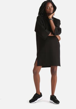 ADPT. Dubbed Dress Casual Black
