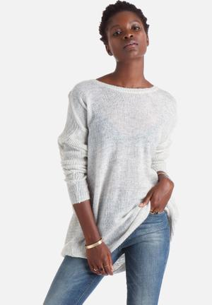 New Airy Oversize Pullover