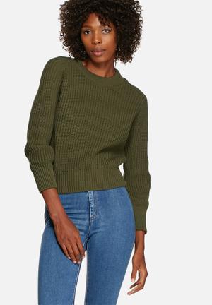 Crewneck Knit Top
