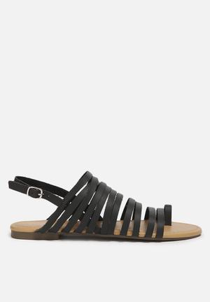 Qupid Jenga Sandals & Flip Flops Black