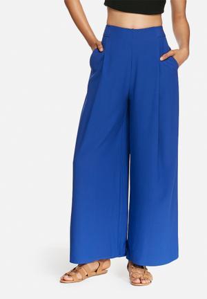 Modern love pants