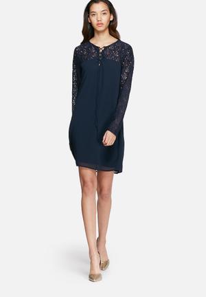Cinda dress
