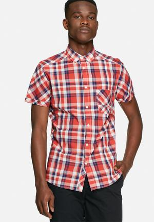 Solid Cadman Shirt Red
