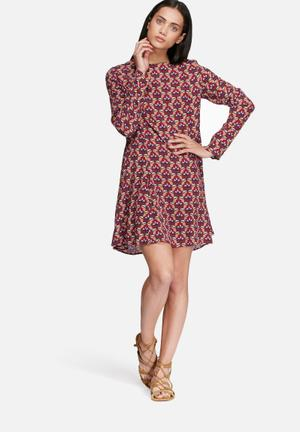 9e570bfaca3a Casual Dresses | Buy dailyfriday & Missguided Casual Dresses Online ...