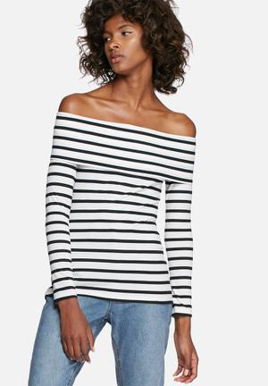 Rib off-shoulder striped top