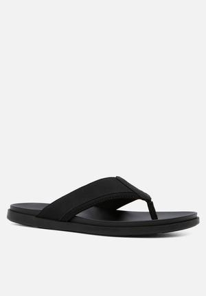 ALDO Lyrti Sandals & Flip Flops Black