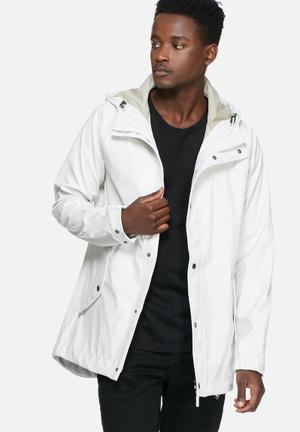 Iconic rain jacket