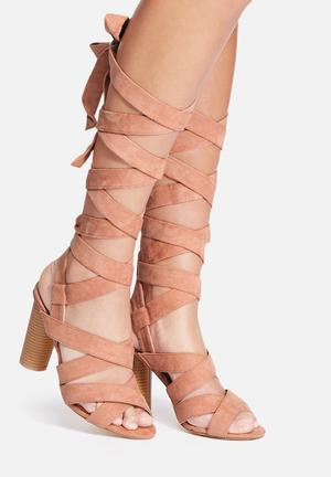 Missguided Strappy Block Heel Blush