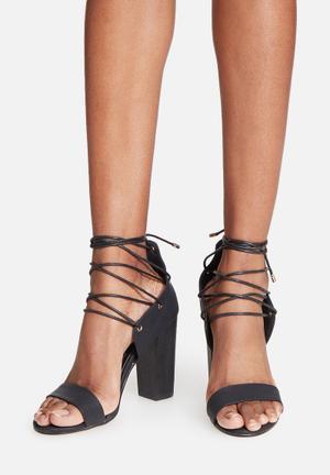 Billini Palermo Heels Black