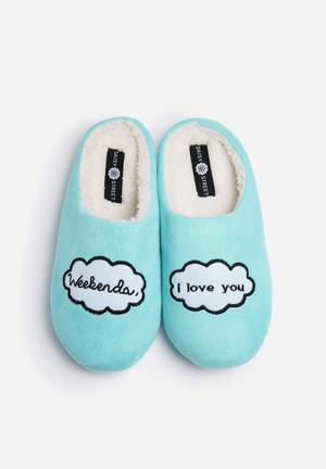 Weekend Slippers