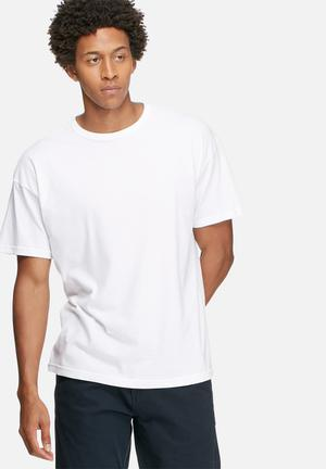 Plain oversized boxy tee