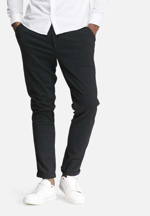 Solid chino