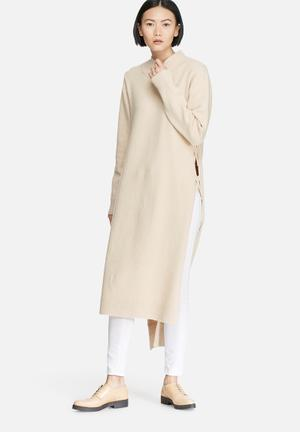 Glamorous High Neck Longline Long Sleeve Knit Casual Beige