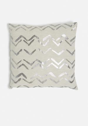 Wavy cushion cover