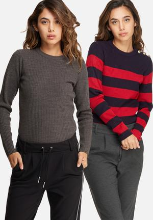 Button detail sweater 2 pack