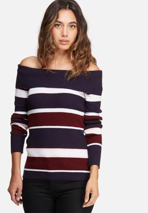 Off shoulder striped skinny knit