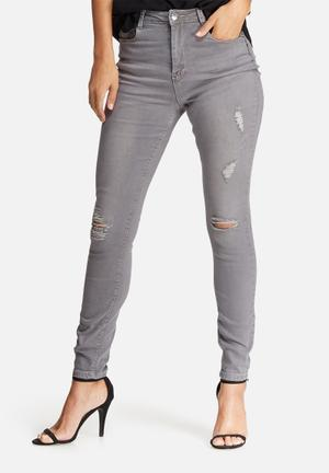 Sinner highwaisted ripped skinny jeans