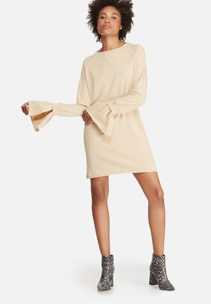Rib detail flared cuff sweat dress