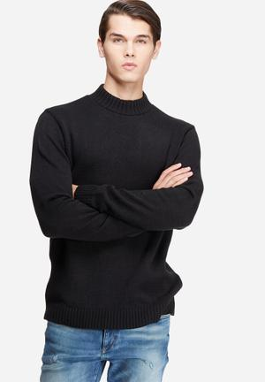 High neck chunky knit