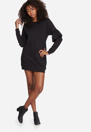 Frill sleeve sweat dress