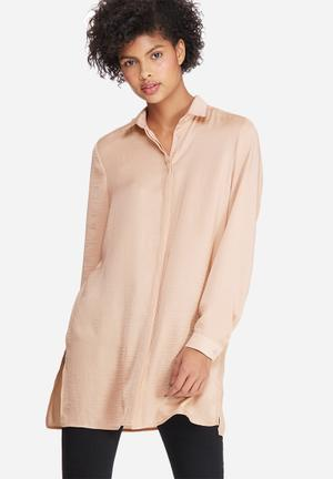 Silky longer length shirt
