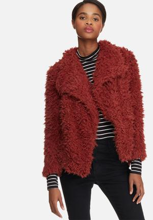 Jayla short faux fur jacket
