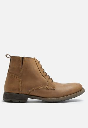 Mason leather boot