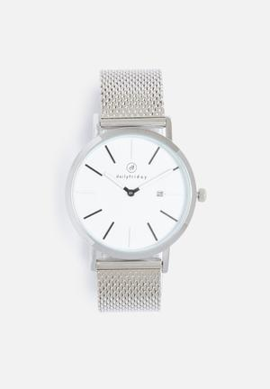 Pippa mesh watch