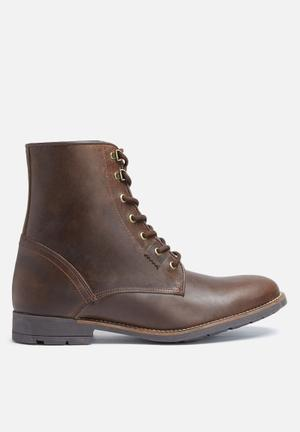 Bandile leather boot