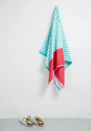 Bubblegum stripes beach towel