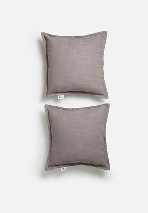 Set of 2 Flynn cushion covers