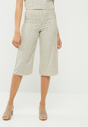 VILA Plane New Striped Culotte Trousers Cream & Black