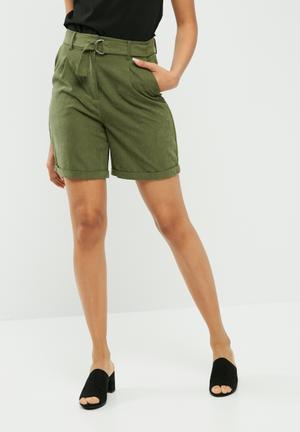 Vero Moda Tensa Shorts Green