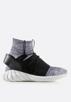 Adidas Originals Tubular Doom Sock Primeknit Sneakers Core Black / Tech Ink