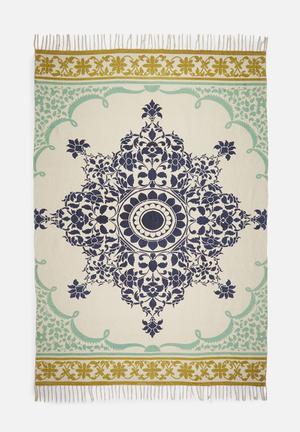 Pantch rug