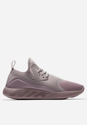 Nike LunarCharge Essential Trainers Plum Fog Black
