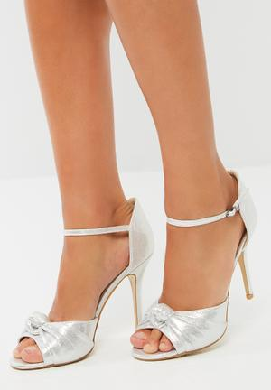 Footwork Guiliana Heels Silver