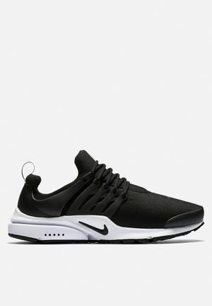 Nike Air Presto Ess Sneakers Black / White