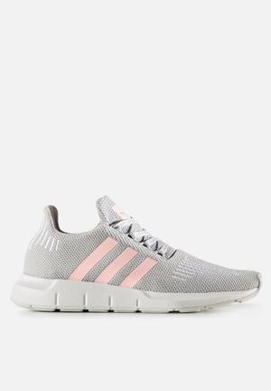Adidas Originals Swift Run Trainers Grey Two / Icey Pink
