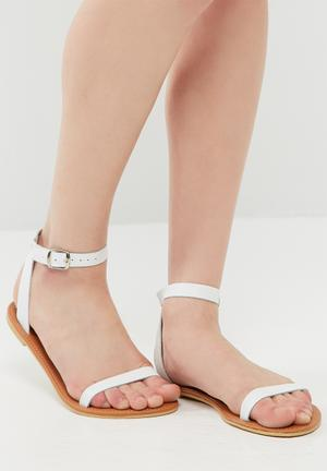 Dailyfriday Desert Sandal  White